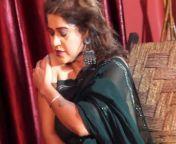 Naughty Aunty Saree Fashion.mp4Screenshot Preview
